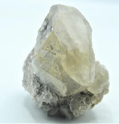 Calcite, Carrière de Lompret, près de Chimay, Belgique.