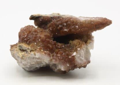 Quartz hématoïde, L'Argentolle, Saint-Prix, Saône-et-Loire.
