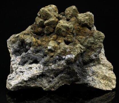 Pyrite sur galène cubo-octaédrique, Mine d'Olkusz, Pologne.