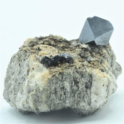 Cristal de Magnétite, Binntal, Valais, Suisse.