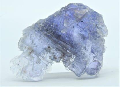 Fluorite (Fluorine) bleutée, carrière du Boltry, Seilles, Belgique.