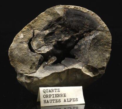 Quartz sceptre dans septaria, Orpierre, Hautes-Alpes.