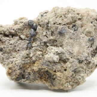 Galène sur calcaire, carrière de Lompret, Chimay, Hainaut, Belgique.