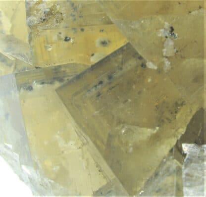 Fluorite à inclusions de pyrite et baryte, El Hammam, Maroc.