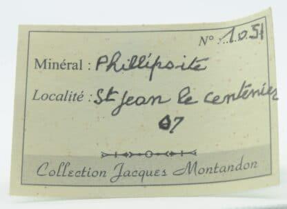 Géode de Phillipsite dans du Basalte, Saint-Jean-le-Centenier, Ardèche.