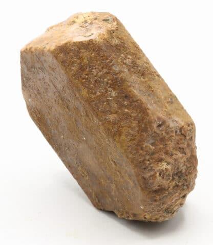 un silicate, sous-groupe des tectosilicates, famille des feldspaths potassiques