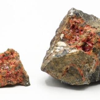 Réalgar, 2 échantillons, mine de Matra, Corse.