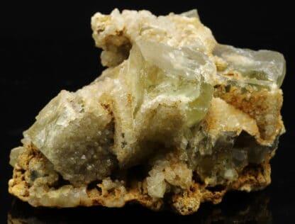 Fluorite verte et quartz, Aurouze, Mazerat-Aurouze, Brioude, Haute-Loire.