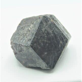 Grenat cristallisé, Collection du musée Bally en Suisse.
