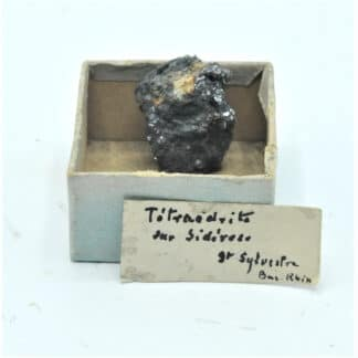 Tétraédrite sur Sidérite, Mine de Saint-Sylvestre, Urbeis, Bas-Rhin, Alsace.