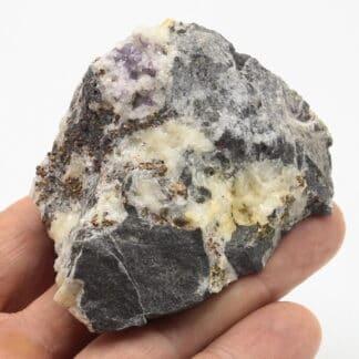 Fluorite et pyrite, Wallers-en-Fagne, Nord, Hauts-de-France.